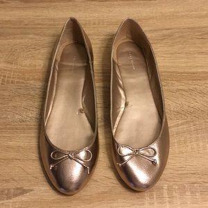 Zara Silver Metallic Flats NWOT